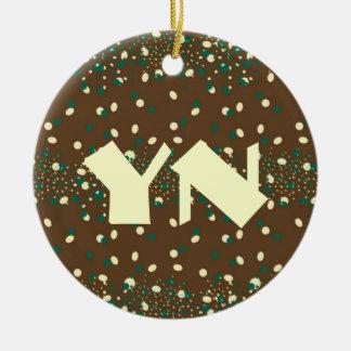 La menta de la moca asperja el monograma ornaments para arbol de navidad