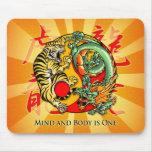 La mente y el cuerpo es uno tapetes de raton