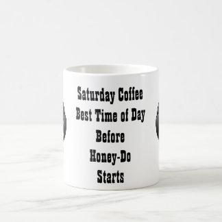 La miel divertida del café el sábado por la mañana taza