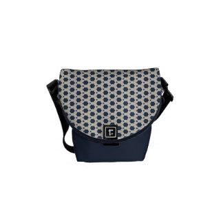 La mini bolsa de mensajero azul y blanca bolsa messenger
