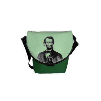 La mini bolsa de mensajero de Abraham Lincoln Bolsa De Mensajeria
