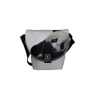 La mini bolsa de mensajero de la panda bolsas de mensajería