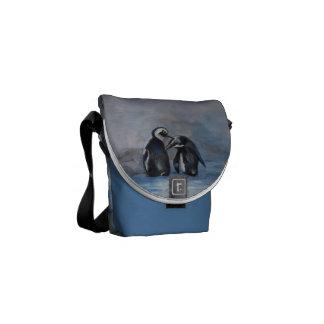 La mini bolsa de mensajero de los pingüinos bolsa messenger