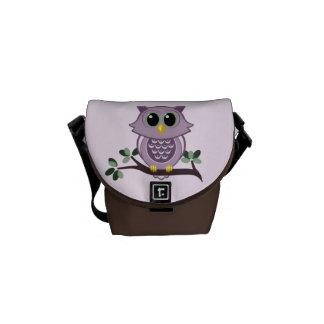 La mini bolsa de mensajero del búho rosado bolsas de mensajería