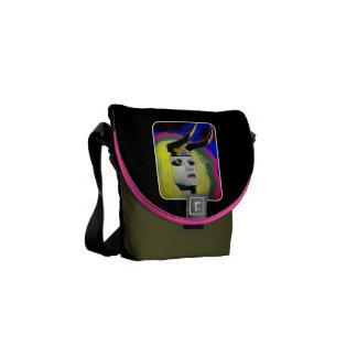 """La mini bolsa de mensajero """"ritual"""" bolsas de mensajería"""