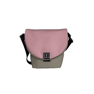 "La mini bolsa de mensajero: ""Rosa en colores Bolsa Messenger"