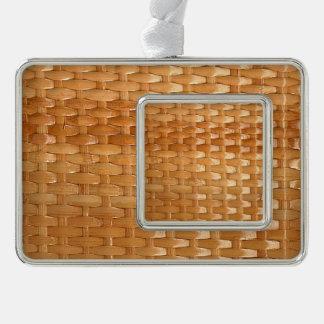 La mirada de la textura de mimbre de Basketweave Adornos Navideños