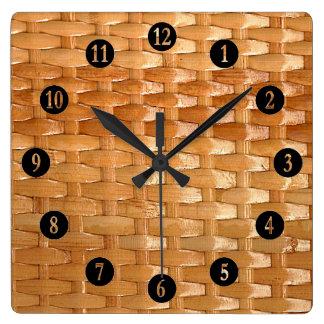 La mirada de la textura de mimbre de Basketweave Reloj Cuadrado