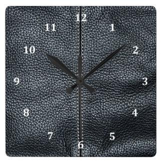 La mirada del grano de cuero negro cosido suavidad reloj cuadrado