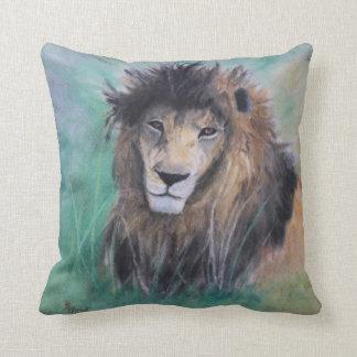 La mirada del león almohada