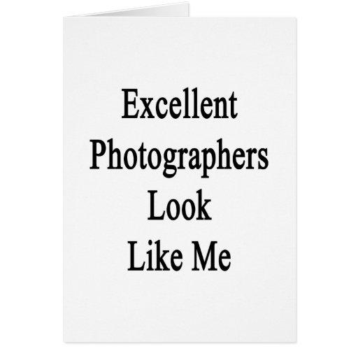 La mirada excelente de los fotógrafos tiene gusto  felicitación