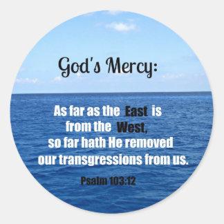 La misericordia de dios: 103:12 del salmo pegatina redonda