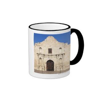 La misión de Álamo en el día moderno San Antonio,  Taza A Dos Colores