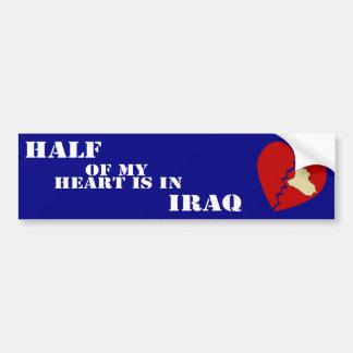 La mitad de mi corazón está en Iraq Pegatina De Parachoque
