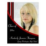La MOD roja y negra raya la postal de la graduació