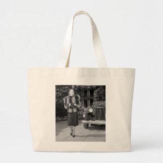 la moda de las mujeres de los años 30 bolsa tela grande