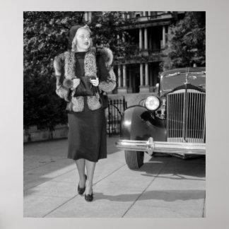 la moda de las mujeres de los años 30 poster