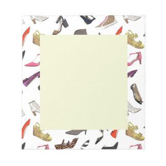 La moda de moda calza la libreta bloc de notas