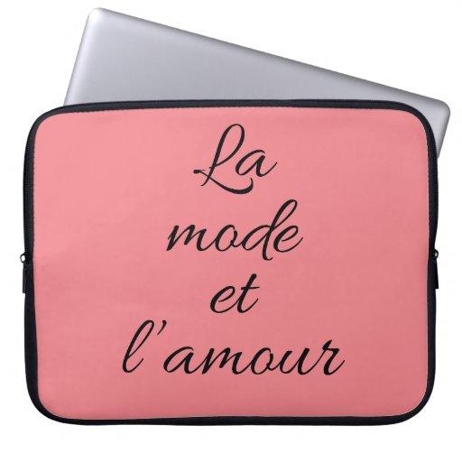 La Mode et l'Amour Laptop Sleeve