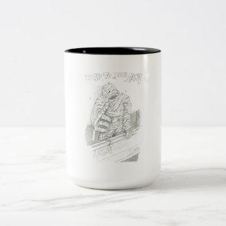La momia taza de café de dos colores