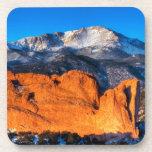 La montaña de América en la salida del sol Posavasos