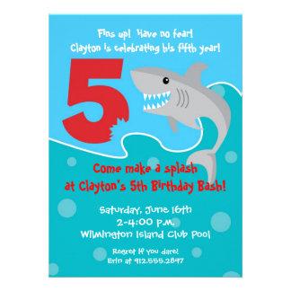 La mordedura del tiburón invita a la 5ta fiesta de invitación