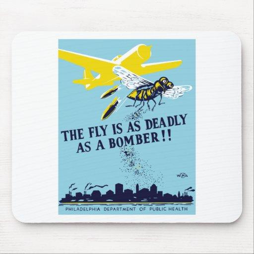 La mosca es tan mortal como un bombardero -- WPA Tapete De Ratón