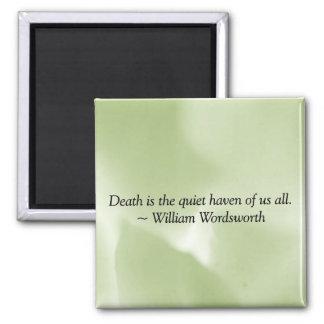 La muerte es un asilo reservado imán cuadrado