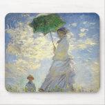 La mujer de Monet con un parasol (el paseo/el pase Tapetes De Ratones