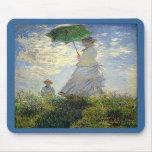 La mujer de Monet con un parasol (el paseo/el pase Tapetes De Ratón
