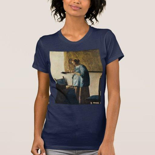 La mujer de Vermeer en azul que lee una letra Playera