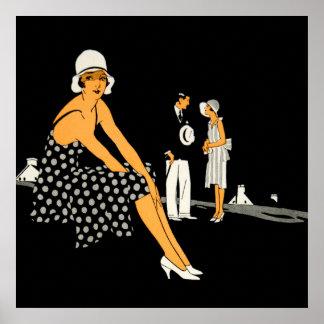 La mujer del art déco calza negro del lunar póster