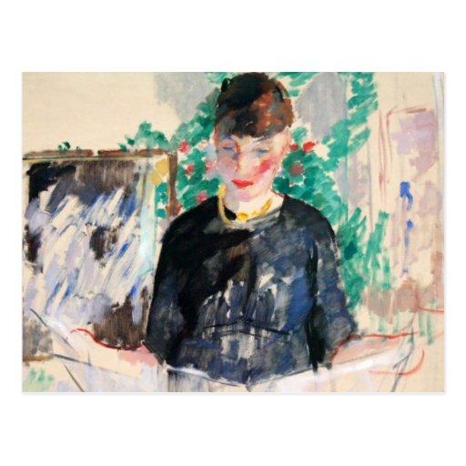 La mujer en negro lee un periódico tarjeta postal