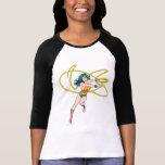 La Mujer Maravilla sostiene el lazo 1 Camisetas