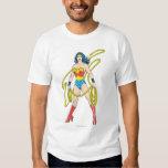 La Mujer Maravilla sostiene el lazo 5 Camisas
