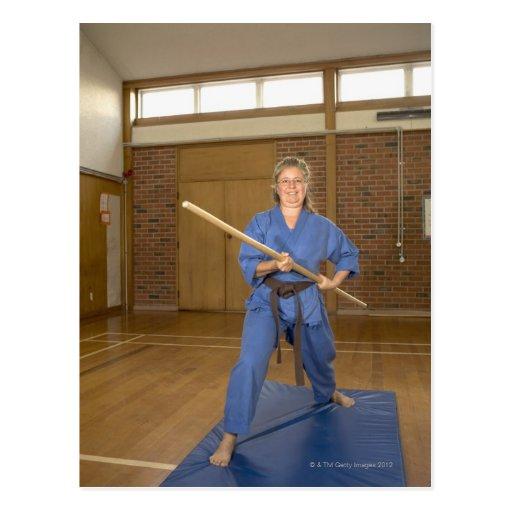 La mujer que se realiza Ken-Hace-Kai karate, Tarjetas Postales