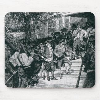La multitud de Shays en posesión de un tribunal Tapetes De Raton