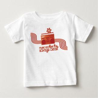 la música calma esta camiseta salvaje de la bestia polera