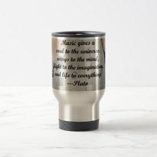 La música da diseño del rosa de las campanas del a tazas de café