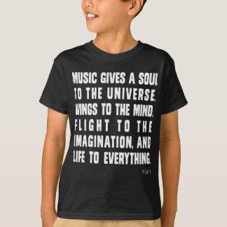 La música da un alma al universo remeras
