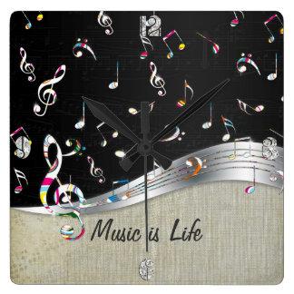 """La """"música es las notas coloridas frescas impresio reloj cuadrado"""