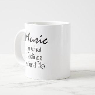 La música es lo que suena la sensación como la taza grande