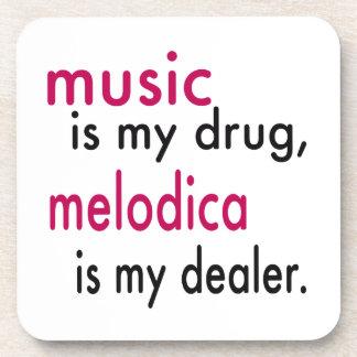 La música es mi droga, Melodica es mi distribuidor Posavasos