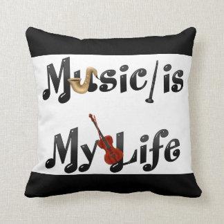 La música es mi vida cojín