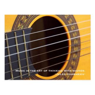La música está pensando con la guitarra de los tarjetas postales