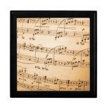 La música observa el fondo cajas de regalo
