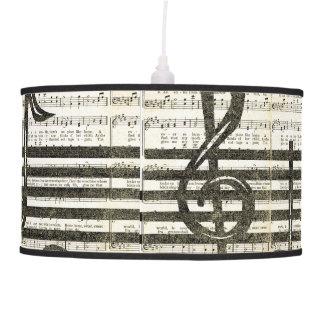 La música observa la lámpara pendiente