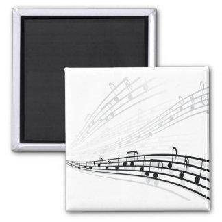 La música observa símbolos de la notación musical  imán cuadrado