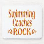 La natación entrena la roca alfombrilla de raton