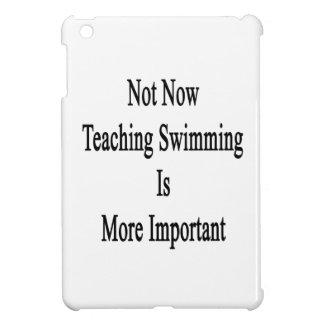 La natación no ahora de enseñanza es más